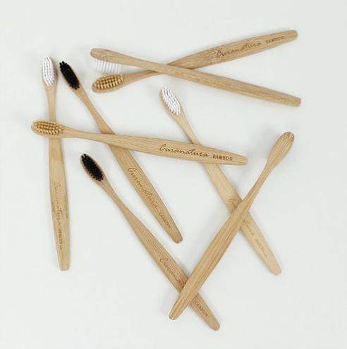 Bamboo toothbrushes (Curanatura)