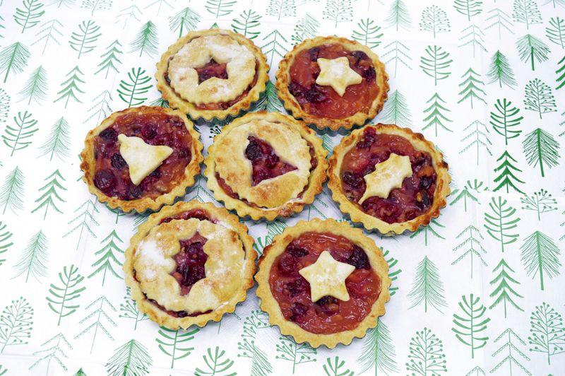 Fruity Christmas pies