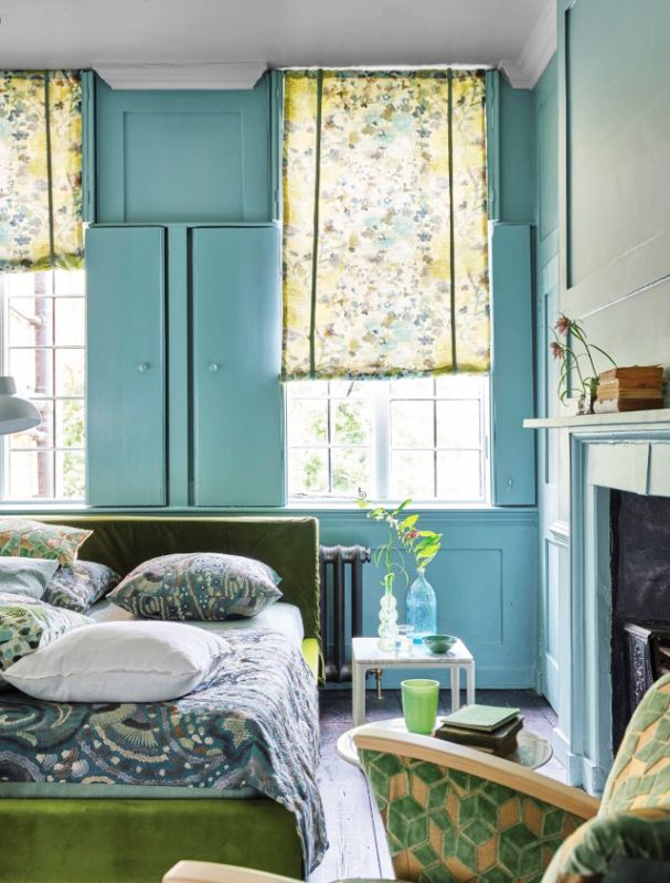 Curtains in bedroom interior design style